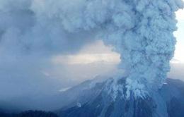 Núi lửa Nicaragua phun tro bụi