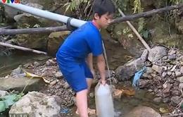 """Bản Mỹ Á, Phú Thọ """"khát"""" nước sạch"""