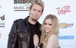 """Avril Lavigne và chồng """"đường ai nấy đi"""""""