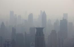 Bắc Kinh báo động đỏ về mức ô nhiễm không khí