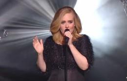 Adele 'thổi tung' Internet bằng bản live Hello cực đỉnh