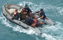 Bắt được tín hiệu hộp đen máy bay QZ8501