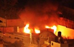 Người Palestine phóng hỏa địa điểm linh thiêng của người Do Thái