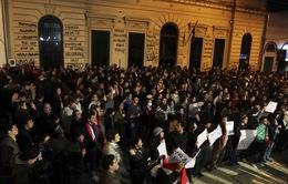 Paraguay biểu tình kêu gọi bảo vệ trẻ vị thành niên