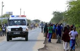 Người dân Kenya hiến máu cứu nạn nhân vụ thảm sát tại TP Garissa