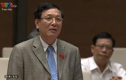 Bộ trưởng Phạm Vũ Luận bị chất vấn nhiều về những đổi mới giáo dục