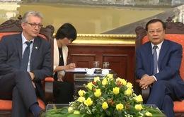 Đồng chí Phạm Quang Nghị tiếp Bí thư toàn quốc Đảng Cộng sản Pháp