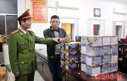 Nghệ An: Một ngày bắt 2 vụ mua bán pháo trái phép