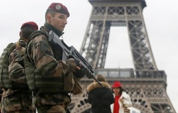 Pháp công bố các quy định mới theo dõi khủng bố