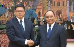 Phó Thủ tướng Nguyễn Xuân Phúc tiếp Đại sứ Singapore