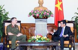 Phó Thủ tướng Phạm Bình Minh tiếp Tư lệnh Lực lượng Quốc phòng New Zealand