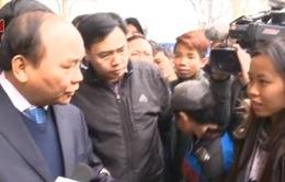 Phó Thủ tướng Nguyễn Xuân Phúc kiểm tra phục vụ khách tại bến xe Mỹ Đình