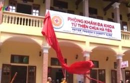 Khám miễn phícho dân nghèo tại phòng khám đa khoa từ thiện chùa Hà Tiên
