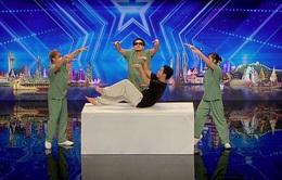 """Tìm kiếm tài năng châu Á: Nhóm nhảy Nhật Bản nhận """"Nút bấm vàng"""" đầu tiên"""