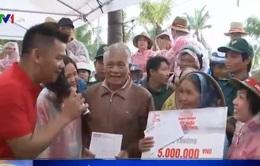 Bridgestone tặng quà cho ngư dân nghèo tại Đà Nẵng