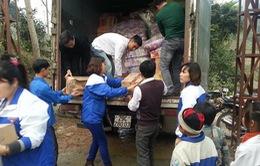 """Thanh niên Thủ đô đem """"Tết ấm yêu thương"""" đến với đồng bào nghèo"""