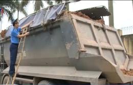 Hà Nội bắt đầu cắt thùng xe vi phạm kích thước