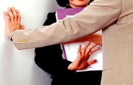 Nhức nhối nạn quấy rối tình dục nơi công cộng tại nhiều quốc gia