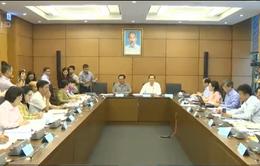 Quốc hội thảo luận về ngân sách và đầu tư công