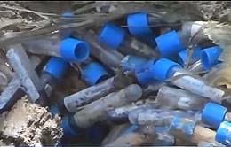 Nguy cơ lây nhiễm từ hàng trăm tấn rác thải y tế