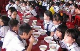 Quảng Ninh hỗ trợ tiền ăn cho học sinh tiểu học vùng khó khăn