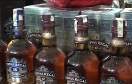 Hà Nội: Phát hiện xưởng sản xuất rượu Chivas giả số lượng lớn