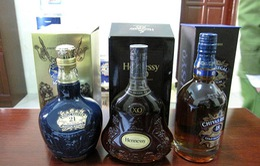 Cần Thơ: Tạm giữ trên 270 chai rượu ngoại không rõ nguồn gốc