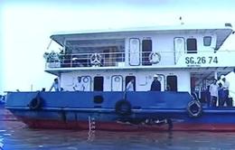 Xác định nguyên nhân sà lan đâm tàu chở xăng trên sông Tiền