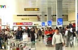 Lượng hành khách qua các cảng hàng không tăng 27,5%
