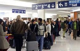 Pháp: Ngành hàng không đình công, bức tranh kinh tế thêm u ám