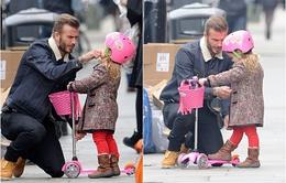 Khoảnh khắc ngọt ngào của David Beckham và con gái