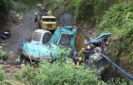 Tìm thấy chiếc đèn mỏ của người thợ mất tích trong vụ sập hầm ở Hòa Bình