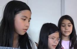 Học sinh Việt Nam tại Mỹ giới thiệu hang Sơn Đoòng