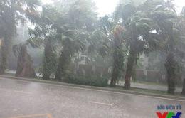 Hà Nội: Một số tuyến đường bất ngờ ngập nặng sau mưa lớn