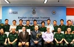 35 sĩ quan Việt Nam hoàn thành khóa học tiếng Anh