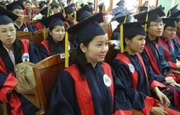 """TP.HCM trao học bổng """"Tiếp sức đến trường"""" cho sinh viên nghèo"""