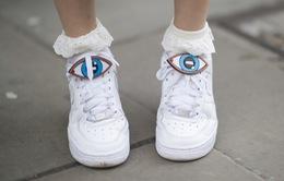Ngắm những đôi giày độc đáo tại London Fashion Week