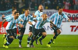 """Argentina vượt qua Colombia sau loạt """"đấu súng"""" nghẹt thở"""