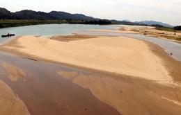 Nghệ An: Nắng hạn kéo dài, sông Lam cạnkỷ lục