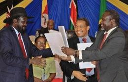 Nam Sudan đạt thỏa thuận chia sẻ quyền lực với lực lượng phiến quân