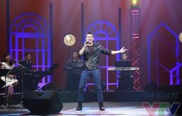 Nghệ sĩ tháng: Không gian âm nhạc nhiều màu sắc của Đông Hùng Idol (15h, VTV3)