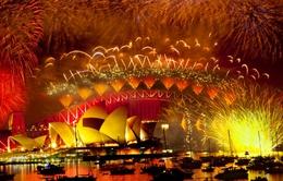 Màn pháo hoa rực rỡtại các thành phố lớnđầu tiênđón năm mới 2015