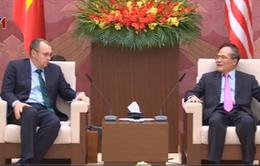Chủ tịch Quốc hội Nguyễn Sinh Hùng tiếp đoàn Hạ viện Mỹ