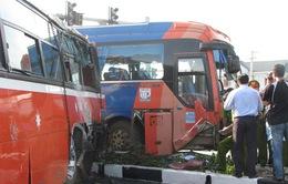 Bình Định: Tai nạn nghiêm trọng trên QL1A, 2 người chết
