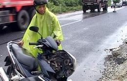 Ô tô xe máy va chạm nhau, một giáo viên tử vong