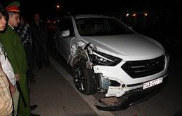 Bị ô tô tông, 4 người cùng gia đình tử vong