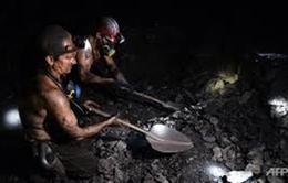 Ukraine giải cứu thành công 500 thợ mỏ bị mắc kẹt