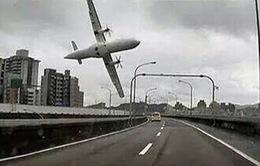 Hiện trường vụ rơi máy bay ở Đài Loan