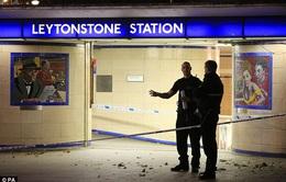 Cảnh sát Anh điều tra vụ tấn công bằng dao theo hướng khủng bố