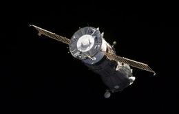 Tàu vũ trụ Soyuz từ ISS trở về Trái Đất an toàn
